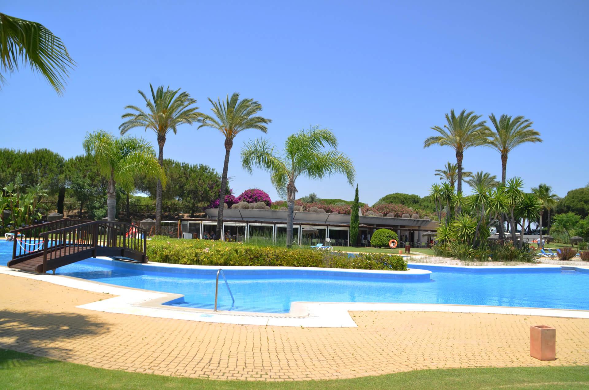 Alquiler de vacaciones andaluc a family secrets residence for Alquiler de casas en aeropuerto viejo sevilla