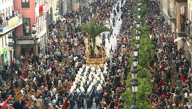 Semana Santa Sevilha - Family Secrets Residences