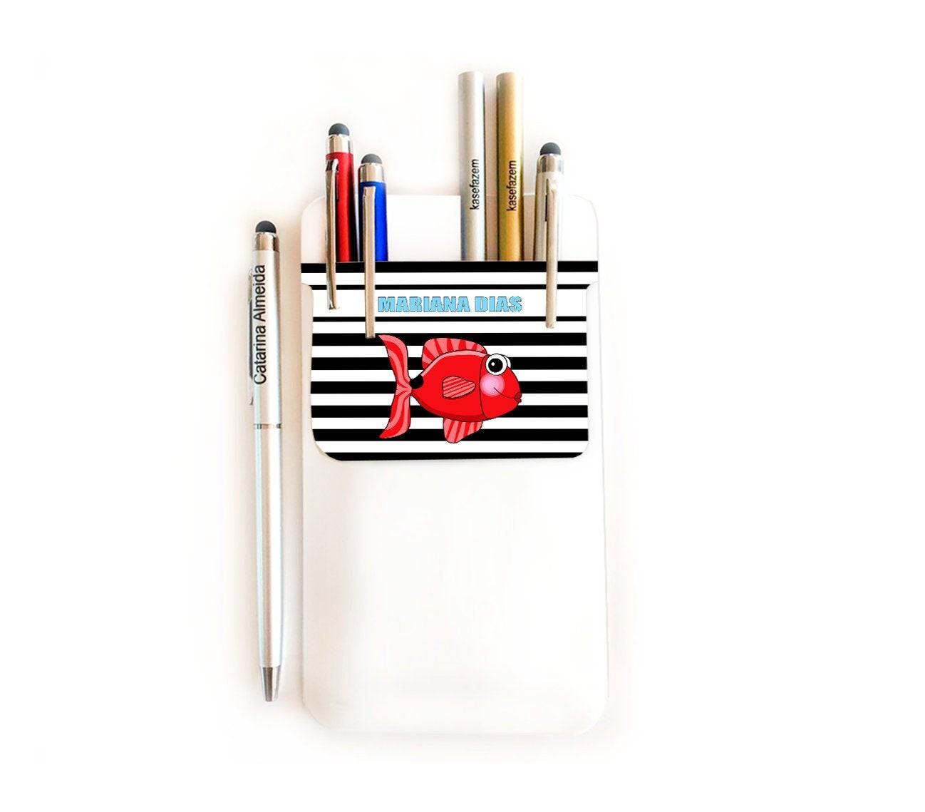 Pochette porte stylos - Aide Soignant (AS) - Infirmière (IDE) blanc avec rayures noires imprimé Poisson Rouge - PO75