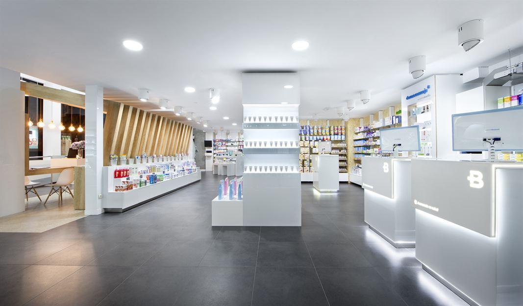 Farmacia Boulevard - Parceiro MJARC Arquitectos